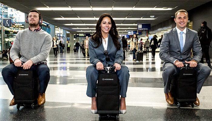 В небо с комфортом: полезные гаджеты и приложения для авиапассажиров - Ведомости.Город